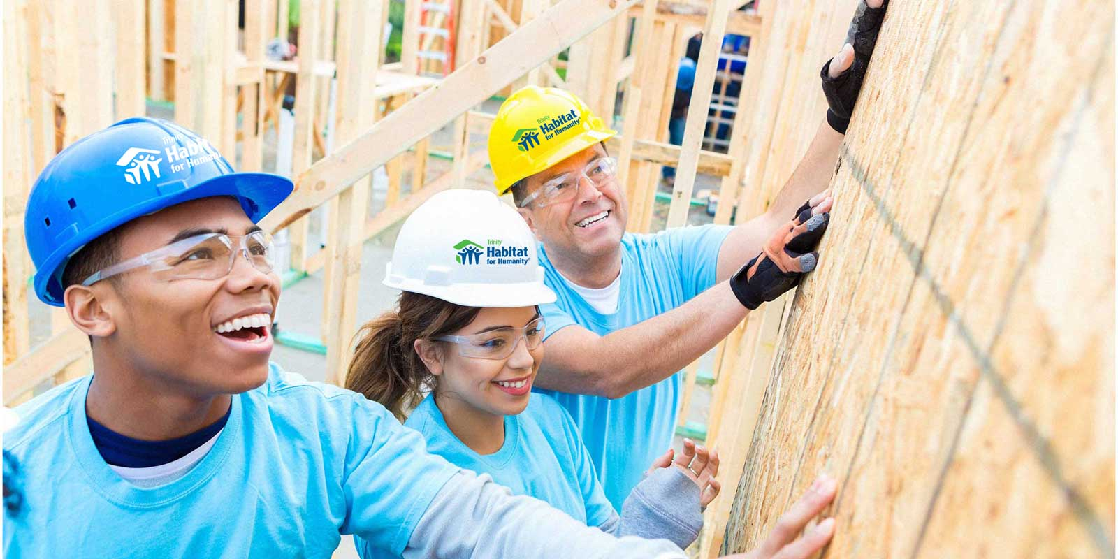 volunteer to build homes with Habitat for Humanity of Wayne County New York